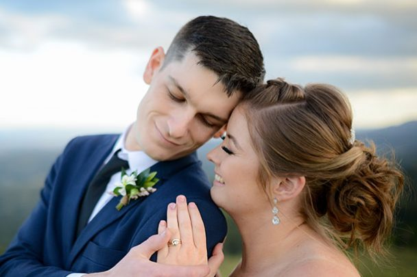 wedding at Tiffanys bride and groom photography sunshine coast hinterland